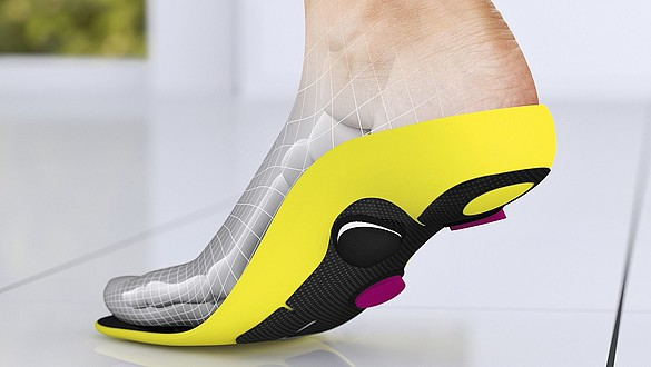 Interactive carbon insoles: interactive carbon insoles